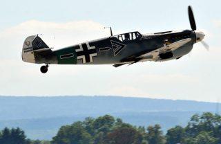 Die Me 109, hier als spanischer Lizenzbau, war 1940 der Standardjäger der Luftwaffe.